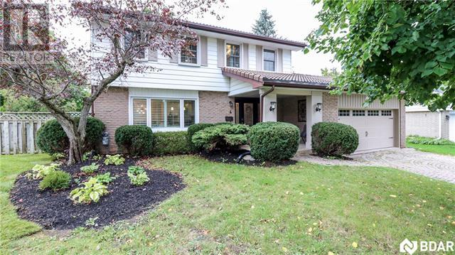 Real Estate Listing   4 SPEARIN Court Barrie