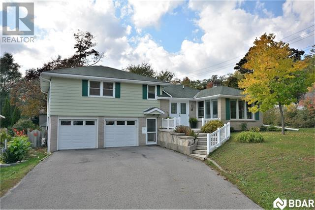 Real Estate Listing   18 NELSON Square W Barrie