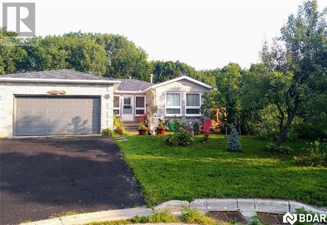 Real Estate Listing   1021 DINA Crescent Midland