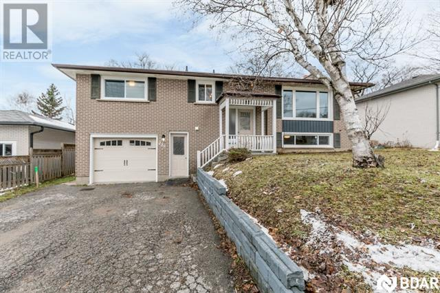 Real Estate Listing   239 ST VINCENT Street Barrie